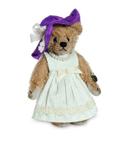 Teddy Bear Ascot Lady